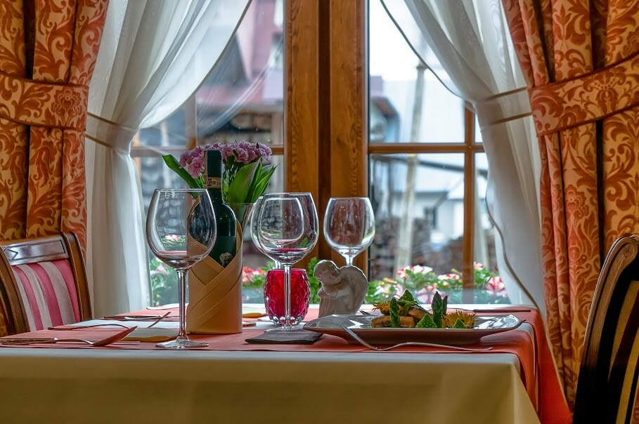 [Białka Tatrzańska]Restauracja Bajka w Hotelu Liptakówka